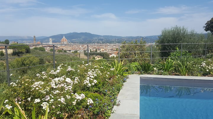 Amazing Villa Michelangelo with swimming pool