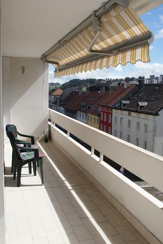 Chambre calme au coeur de la ville - La Chaux-de-Fonds - อพาร์ทเมนท์