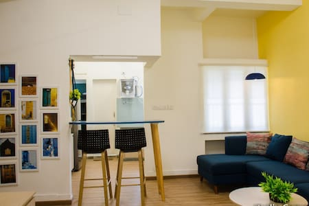 1 Bedroom apartment in heart of city.