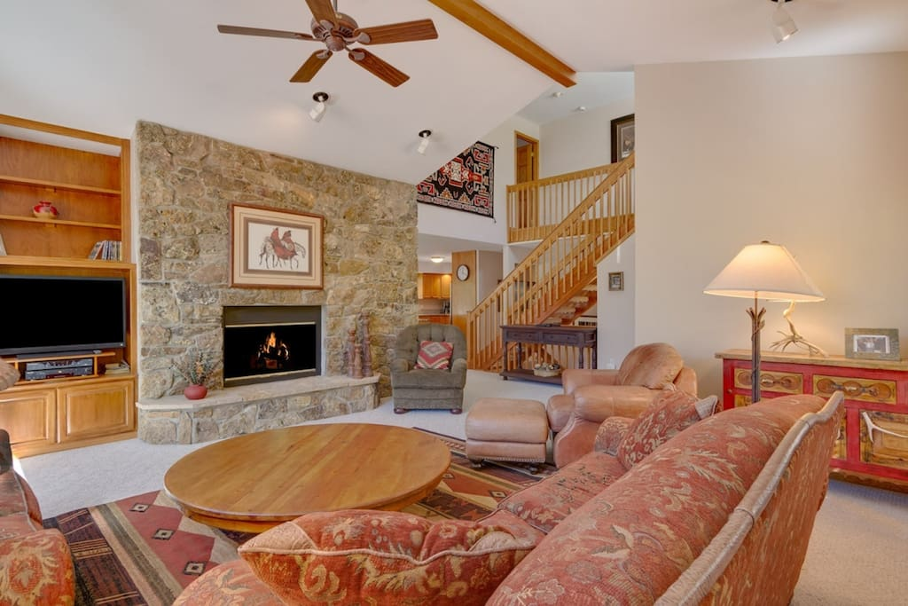 Enjoy the Vistas, Inside and Out! - Fireplace and HD TV!