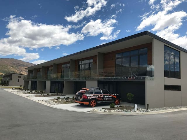 Luxury apartment at Highlands Motorsport Park