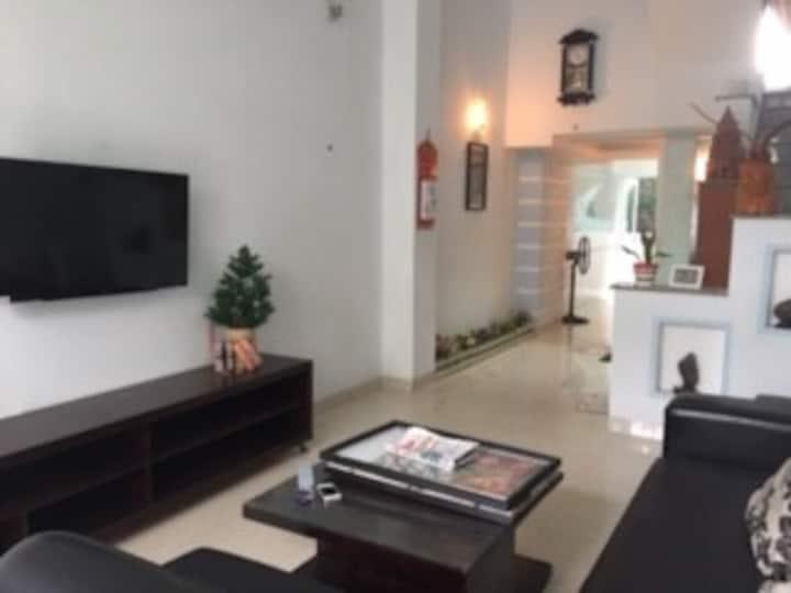 House near the Nhatrang beach, full furnitures