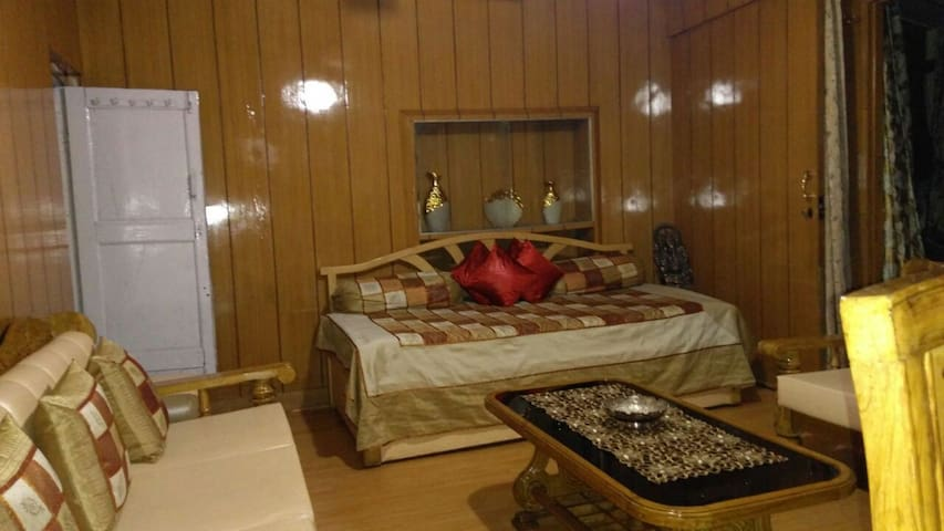 Chalet (Website hidden by Airbnb) heart of mussoorie.....