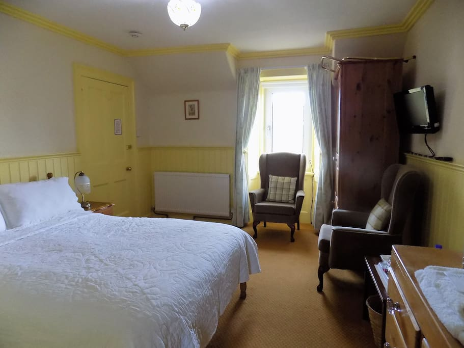 Double en-suite at Castlwigg Lodge B&B