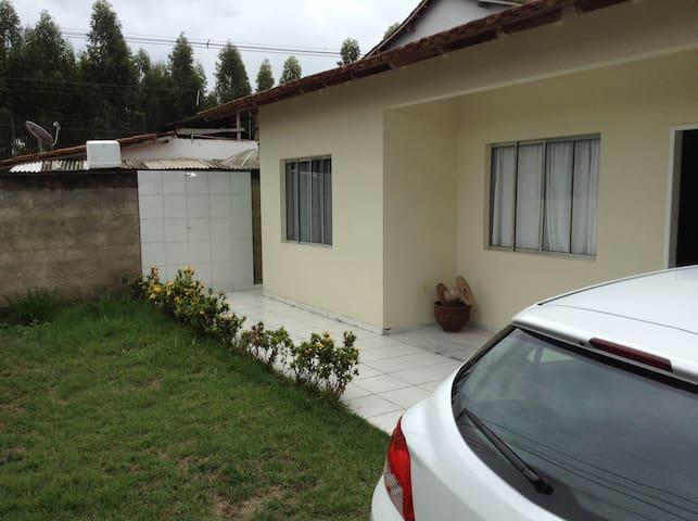 Casa mobiliada a 500m da praia - Aracruz