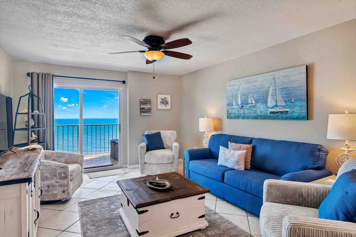 Beautiful 8th floor Oceanfront views!! Sleeps 8