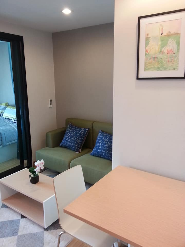 Privacy,yet convenient&close to Grand Palace&theUN