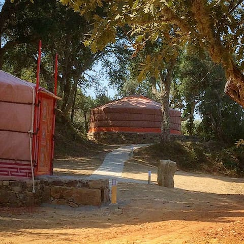 Quinta do Ragal Yurt Vermelha