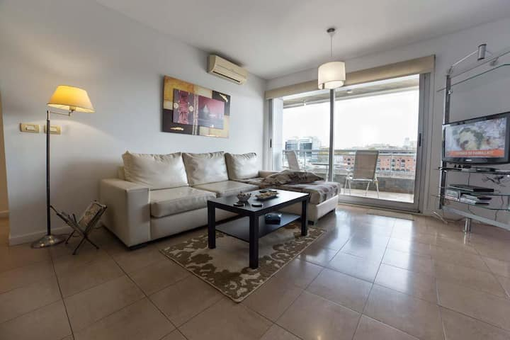 Luxury 1BED- River View