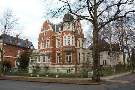 Wohnung in historischer Jugendstilvilla - Lübeck