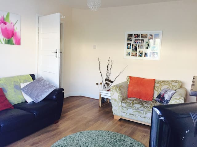 2 bedroom apartment - Ruislip - Apartmen