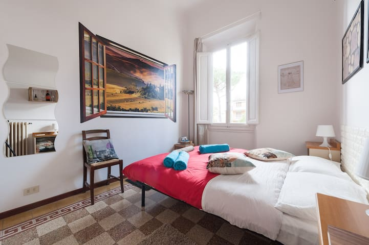 Tuscany Room - Warm&Welcoming Florence Home - Firenze - House