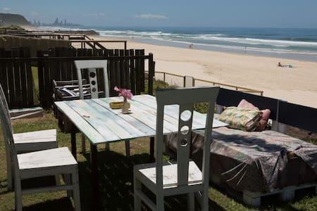 Beachfront Hangout - Palm Beach