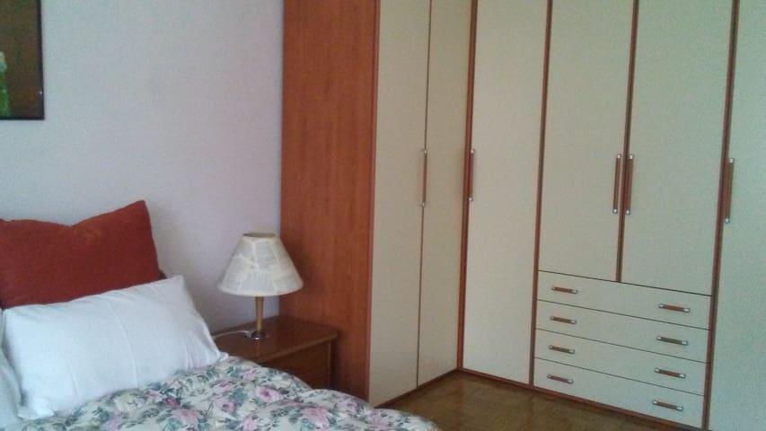 camera da letto /bedroom