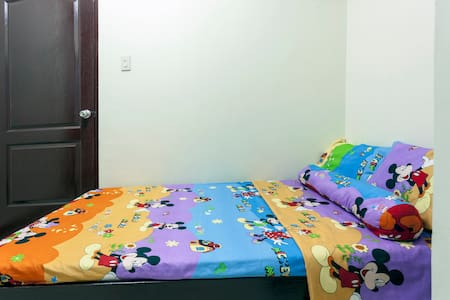 Family-friendly condo unit - Apartment