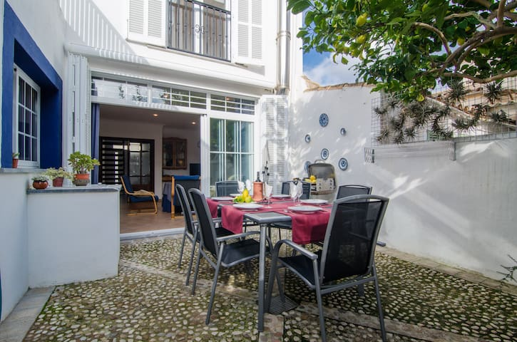 NA LLEBRONA - Chalet with terrace in Portocristo.