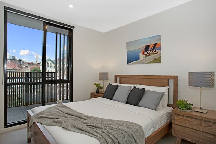 ☆ Heart of St Kilda ☆ Infinity Pool+Parking+WIFI