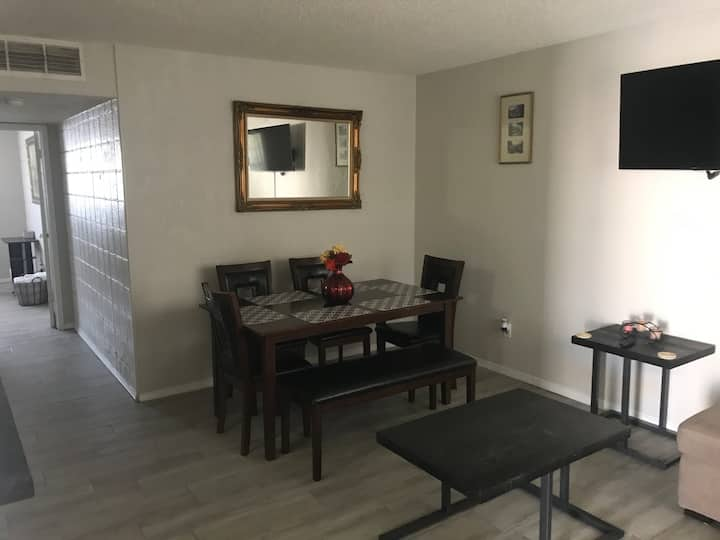GATED COMFY AND HOMEY CENTRALLY LOCATED OFF I-10