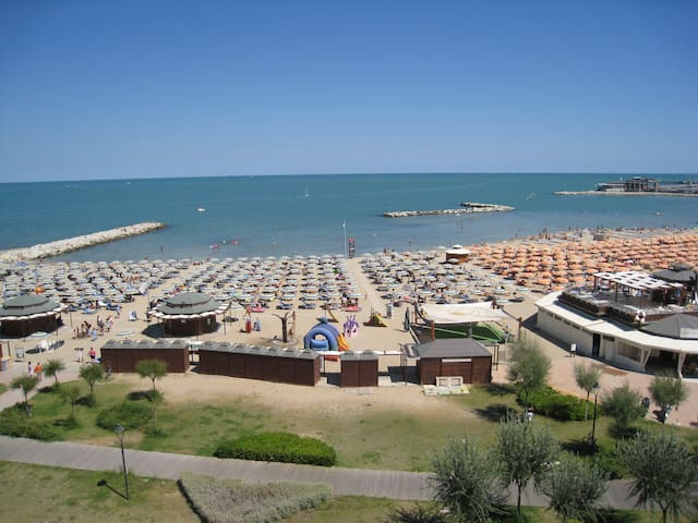 Camera quadrupla Comfort - Rimini - Bed & Breakfast