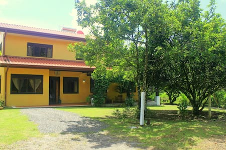 Villa La Fortuna: Charming & Comfortable - ลาฟอร์จูน่า