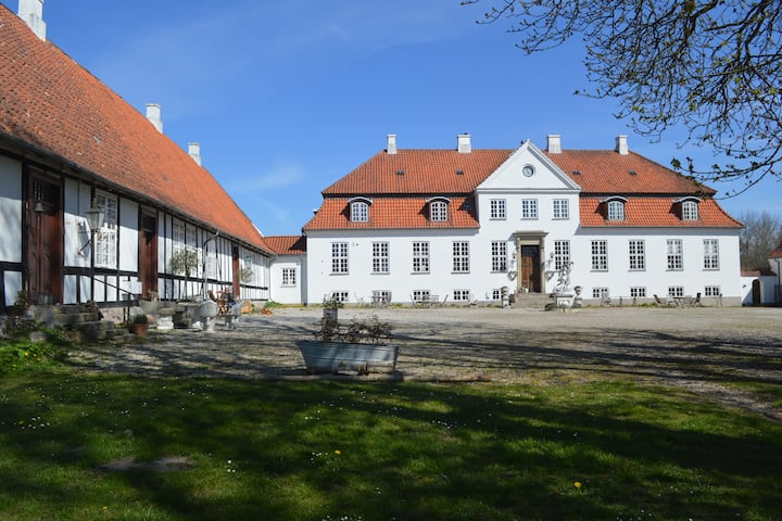 Gelskov Manor