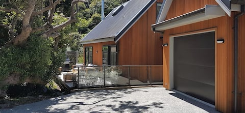 Te Kohanga Eco Lodge