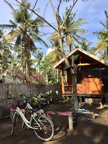 New small chalet feels like home in North Gili T