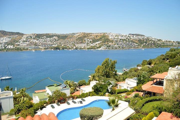 Most Exclusive Seafront Villa in Gündoğan Bodrum