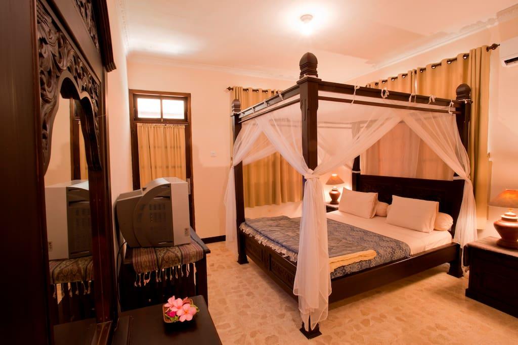 Bedroom for Standard room