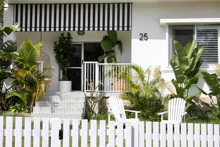 Sunny 3 bedroom attached Coastal home Watsons Bay