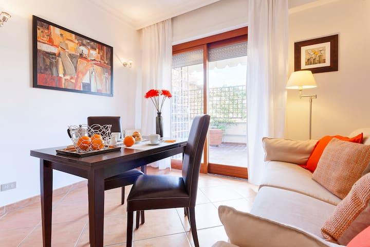 """The Panorama"" apartment - Roma - Apartment"