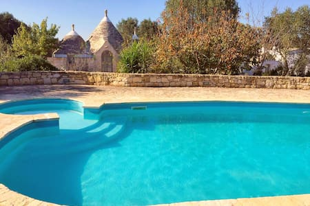 Trullo Giancamisa: Stylish & Private with Pool - Ceglie Messapica - Haus