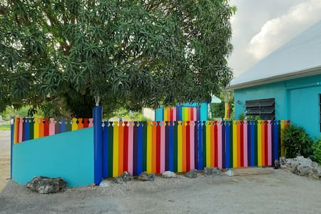 Linda's Rainbow Getaway! Garden of Painted Trees!