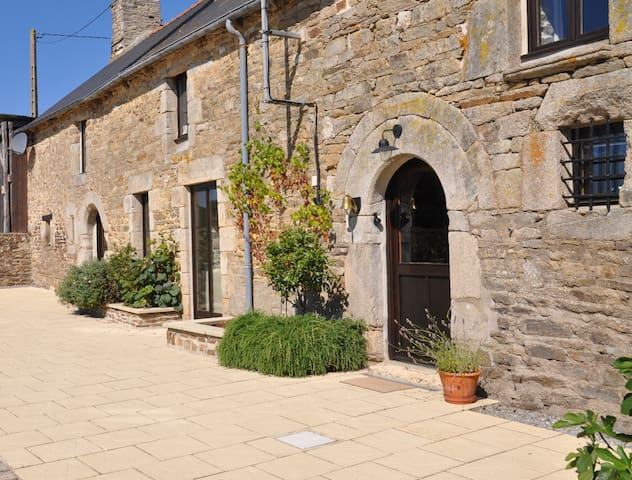 La Vieille Laiterie ( twin ) - Plessala - House