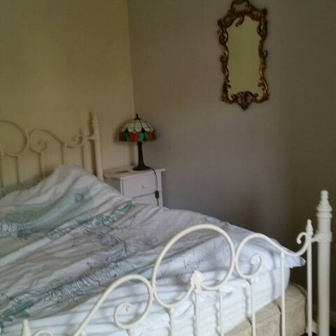 Quiet double room with balcony - Saltdean - Haus