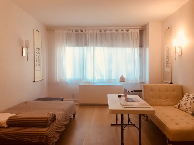 New 2 beds unit near Central Park