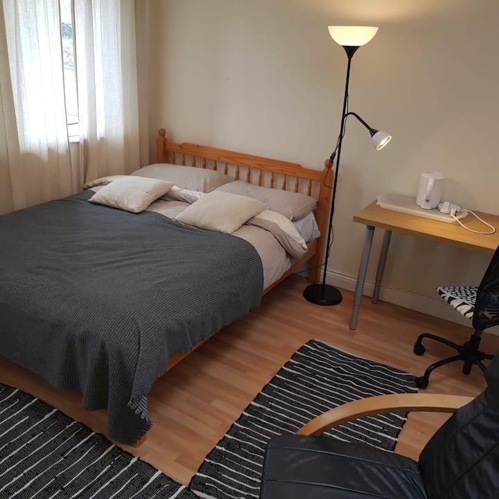 Ideally situated room