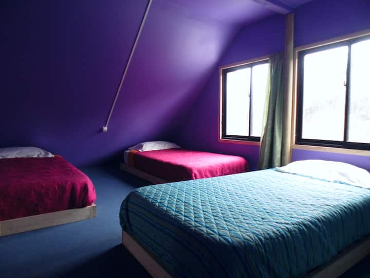 Cahuin Hostel