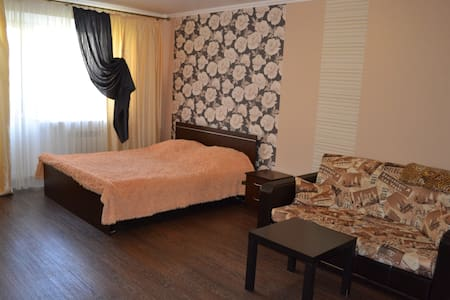 Отличная чистая квартира в центре города - Ставрополь