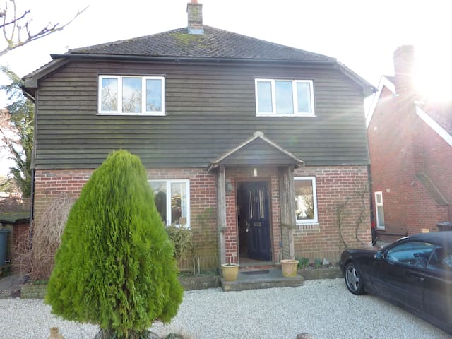 Family Home in Bosham - Bosham - Bed & Breakfast