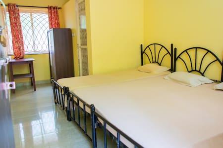 Spacious room for 3 - Anjuna - Domek gościnny