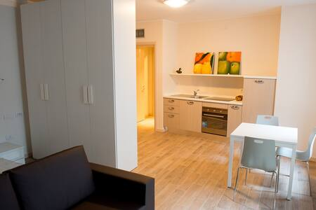 appartamento comodo per lavorare - Fiorenzuola d'Arda - Квартира
