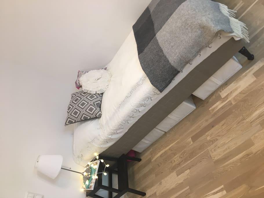 120cm bed
