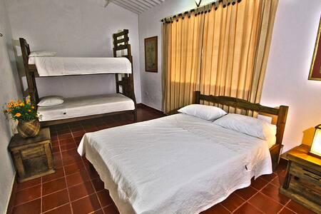 Relaxing Villa El Retiro / ROOM #3 - Villavicencio - Villa