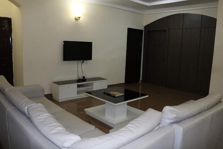 Lofty Apartment