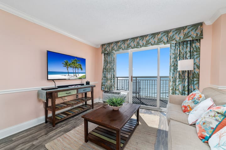 7th Floor Sandy Beach Oceanfront