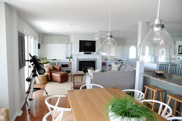 Beachfront property with bonus lower level