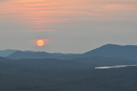 Now booking September Maine mountain getaways