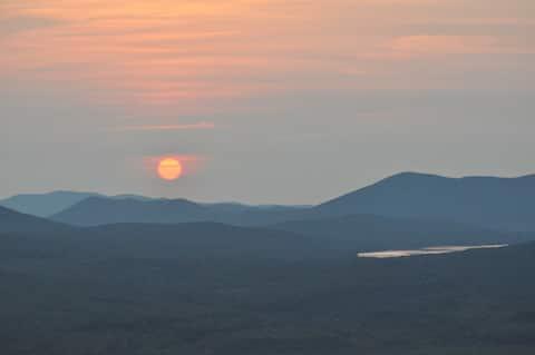Now booking September Maine mountain getaways