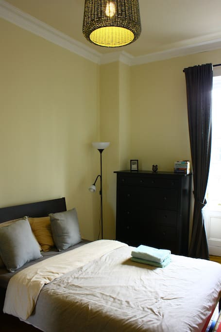 Bedroom with comfortable double bed 1/3